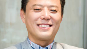 {htmlspecialchars([전문가 기고]4차 산업시대 창업 트렌드 읽는 안목 길러야)}