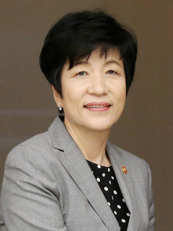 김영주 고용노동부 장관.