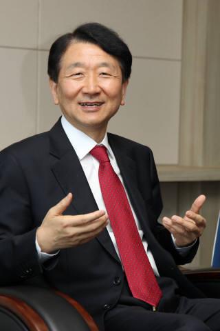 [월요논단]4차 산업혁명 선제 대응으로 제조업 혁신해야