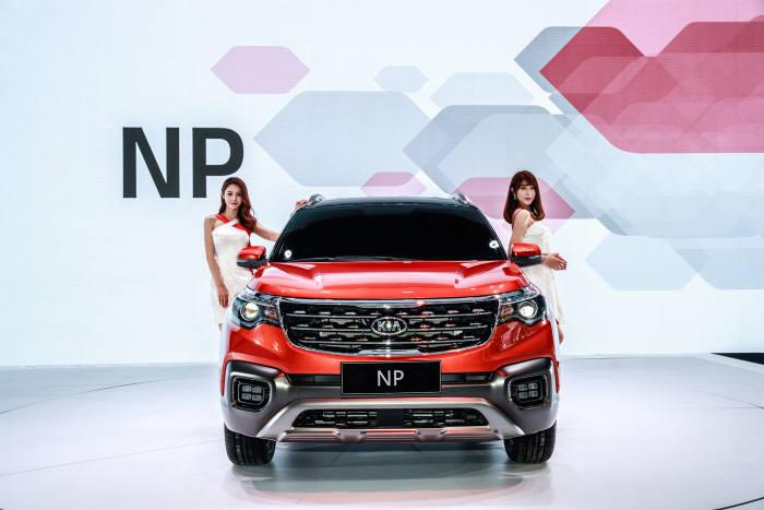 기아자동차가 '광저우 모터쇼'에서 공개한 중국형 스포티지R 후속 모델 'NP(중국명 즈파오)' (제공=기아자동차)