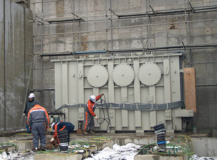 LS산전이 개발한 HVDC 변환용 변압기.(자료사진)