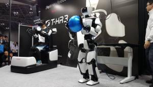 iREX2017, 협동로봇 대세 계속…기술 고도화·미래형 로봇 '약진'