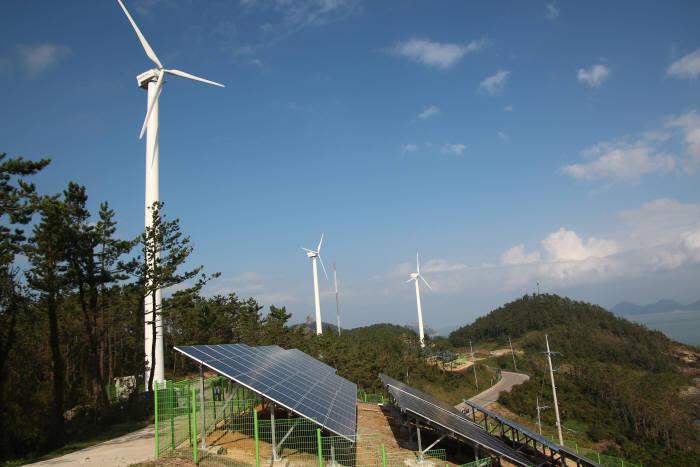 가사도에 설치된 신재생에너지 설비.