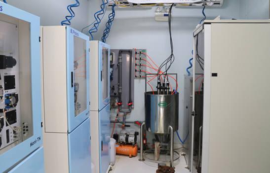비엘프로세스가 베트남에 설치한 수질자동측정소 내부. [자료:환경산업기술원]