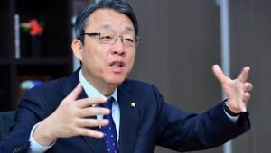 김성식 4차산업혁명 특위 위원장은...여야가 인정하는 '정책통'