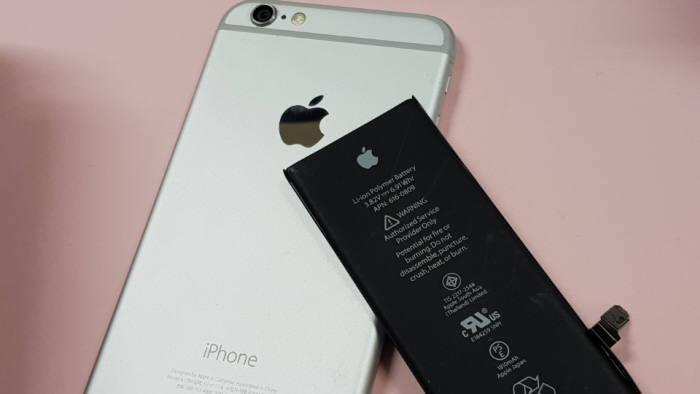 아이폰 배터리 교체비용은···삼성전자·LG전자·화웨이보다 갑절 비싸