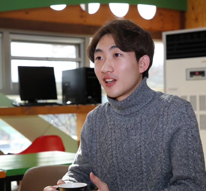 원자력 아이디어 공모전에서 대상을 수상한 박진우 학생.