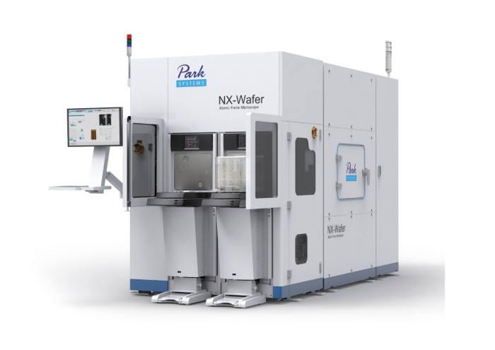 파크시스템스의 300mm 웨이퍼 측정용 AFM 장비 '파크 NX-웨이퍼'