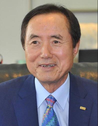 3월 20일 출범하는 합병법인인 '이현서일회계법인' 대표이사 회장에는 강성원 전 한국공인회계사회 회장이 추대됐다.