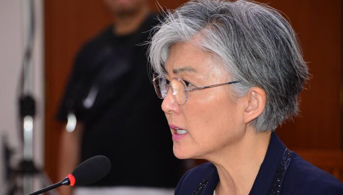 """정부 """"日에 위안부 재협상 요구 안한다…10억엔은 우리정부 예산으로 충당"""""""