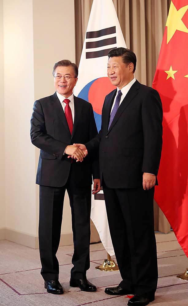 문재인 대통령과 시진핑 중국 국가주석 <출처:청와대>