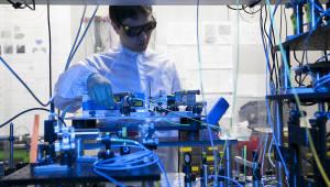 정부, 양자산업 육성 재도전...양자암호통신 개화 '청신호'