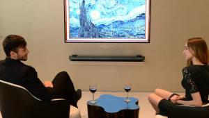 LG 올레드 TV, 인천공항서 빛난다…제2여객터미널에 69대 설치