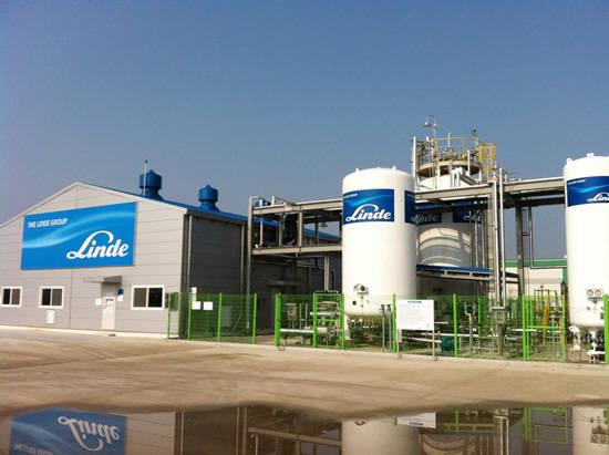 충남 아산시 소재 린데코리아 아산화질소(N2O) 가스 생산 공장 전경.
