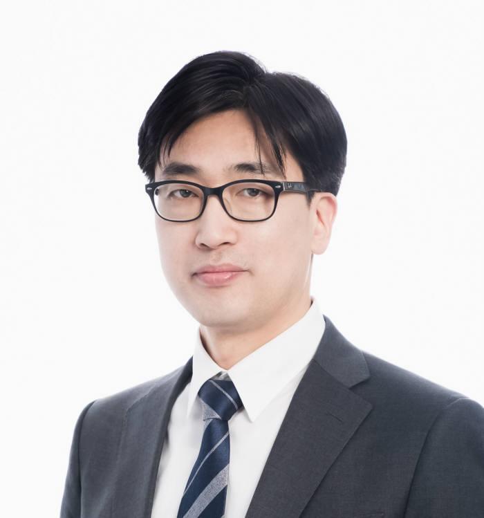 홍정기 메타넷글로벌 상무