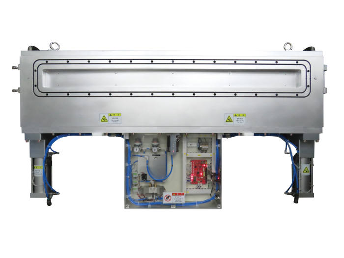 OLED용 증착 장비에 탑재되는 프리시스의 대형 직사각형 밸브(Large Rectangular Valve).