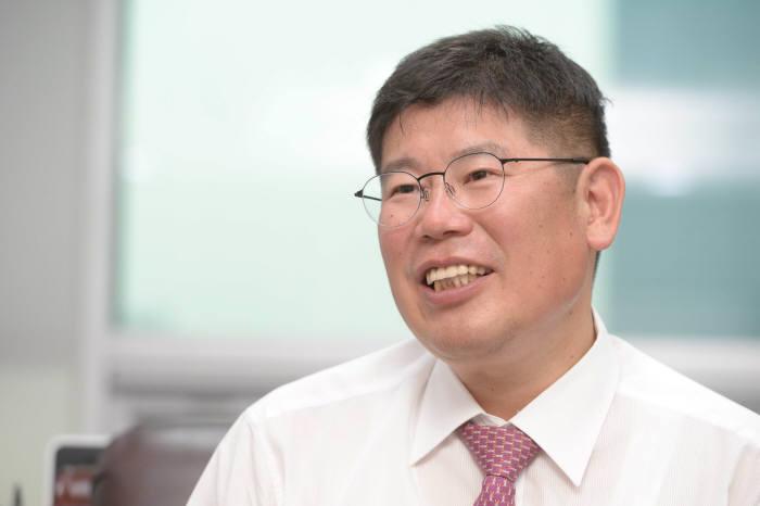 김경진 의원