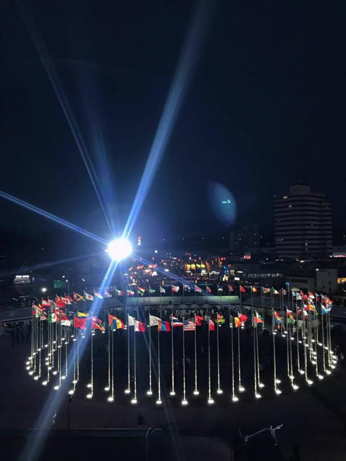올림픽 개막식 전경<출처:청와대 페이스북>