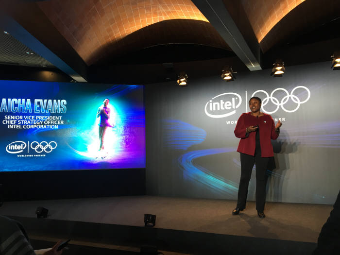 아이샤 에반스 인텔 수석부사장이 2020년 도쿄올림픽에서 NTT도코모와 함께 5G 서비스를 펼칠 것이라고 밝혔다.