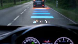 BMW-벤츠 커넥티드카 대결