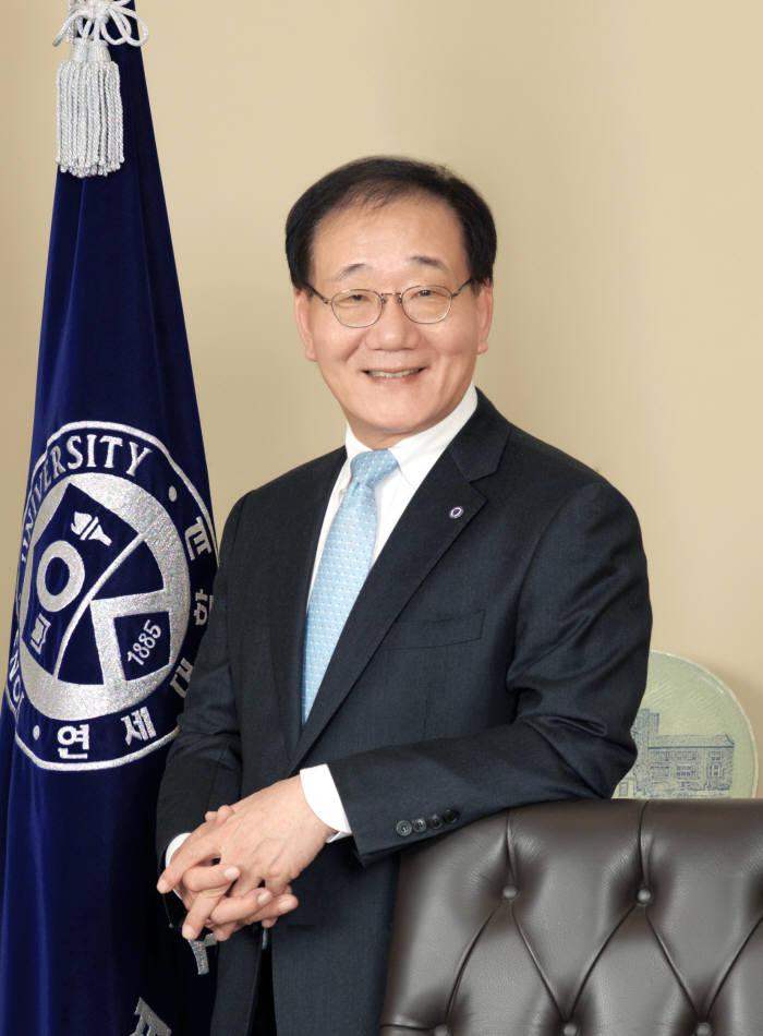 김용학 연세대 총장, 12일 포스텍에서 신입생 대상 특별 강연