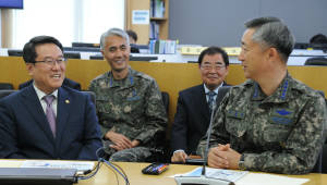 남재철 기상청장, 공군참모총장과 기상업무 협력회의