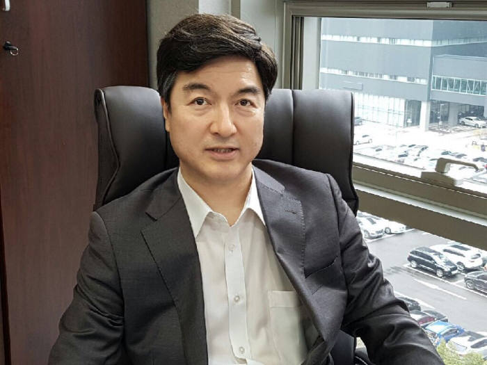 심한보 한국마이크로의료로봇협회장.