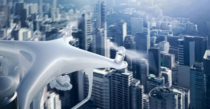 드론이 늘어나면서 이에 대응할 보안 기술이 속속 등장한다. GettyImages