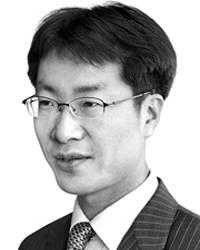 [데스크라인]반도체 기술유출 '국익 프레임'으로 보자
