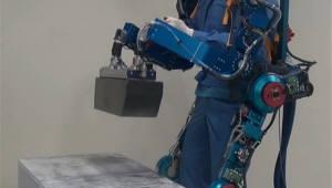 공장부터 구급현장까지…日 착용하는 로봇 도입 확산