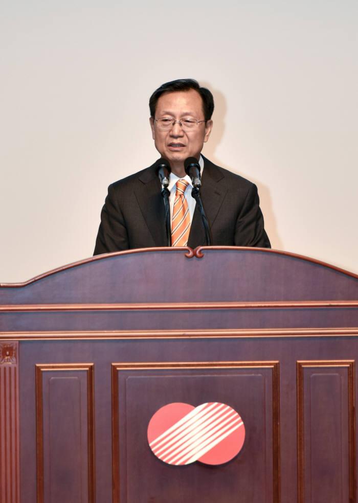 김종갑 한전 사장은 13일 전남 나주혁신도시 한전 본사에서 취임식을 가졌다.