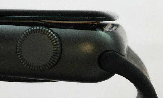 배터리가 팽창한 애플워치 / 사진=매루머스