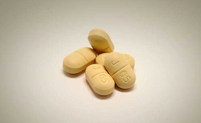 글로벌제약사에 처방 실적 밀린 국내제약사…급여청구 100대 의약품중 국내사 비중 34%