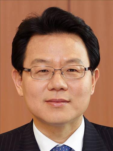 농협금융지주 김광수 전 원장 내정…김용환 회장은 사퇴