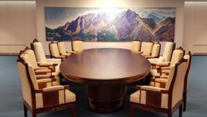 문재인-김정은, 2018㎜ 사이 두고 마주 앉는다...회담장 전격 공개