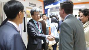 김형건 SK종합화학 사장, 차이나플라스 찾아 고기능성 제품 세일즈 참여
