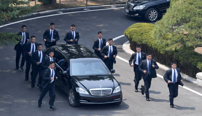 [2018 남북정상회담]삼엄한 김정은 위원장 경호