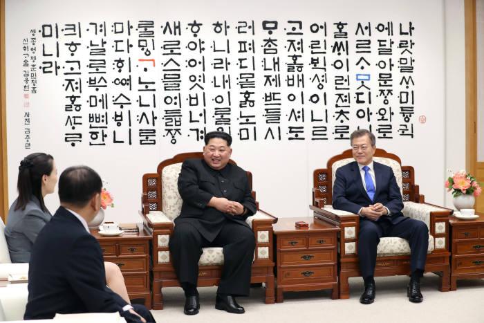 [2018 남북정상회담]문재인 대통령과 김정은 국무위원장의 '함박웃음'