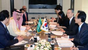 """알팔리 사우디 에너지장관, """"4차산업혁명에서도 한국과 협력""""...원전 사업 한국 참여 기대감"""