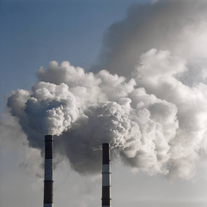 정부, 온실가스배출권 업종 구분 없이 기업별로 할당…공공금융기관 시장 조성자로 투입