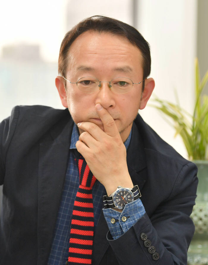 [이현덕이 만난 생각의 리더]<136>염한웅 국가과학기술자문회의 부의장