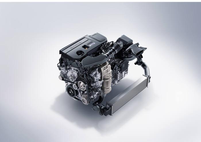 혼다 중형 세단 '어코드' 10세대 모델에 장착된 2.0 터보 스포츠 VTEC 엔진 (제공=혼다코리아)