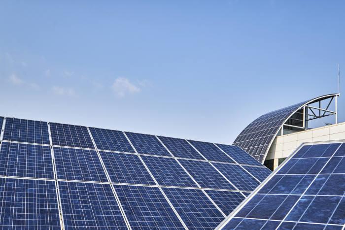 '태양광재활용센터' 올 하반기 준공…2021년부터 재활용 공정 개시