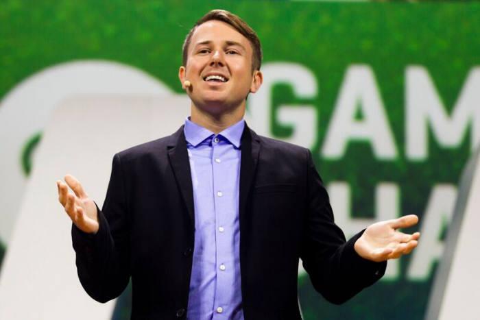 테일러 카 게임체인저 수석 에반젤리스트가 미국 워싱턴D.C에서 열린 아마존웹서비스(AWS) 행사에서 자신의 경험담을 이야기하고 있다. AWS 제공