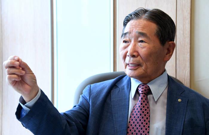 [이현덕이 만난 생각의 리더]<145> '정보화 산증인' 박성득 한국해킹보안협회장