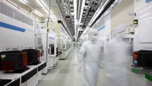 '반도체의 힘' 상반기 ICT 수출 1074억7000만달러…타 산업부문은 심각한 무역 적자