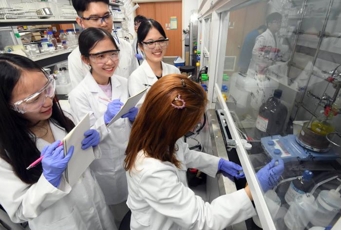 실습으로 배우는 과학 'KIST 중·고교생 사이언스 캠프'