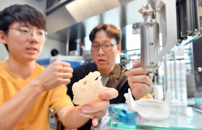 의료연구용 3D프린터 시장 커진다