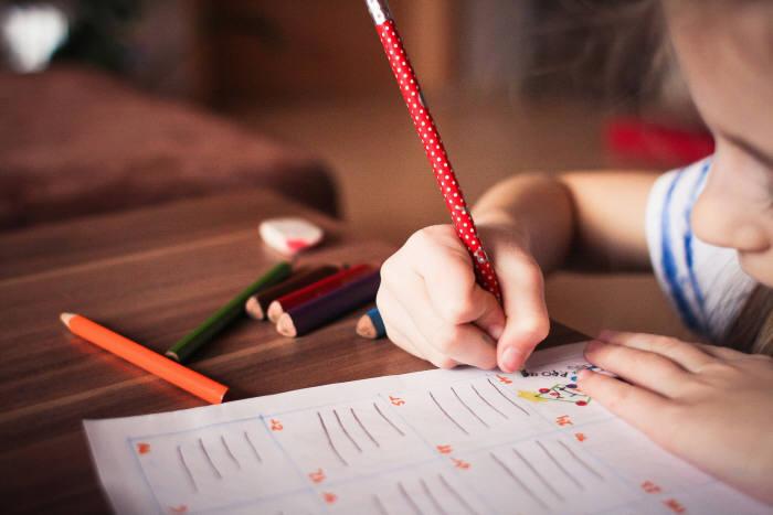 마시멜로 실험은 아이가 처한 사회경제적 배경을 고려하지 않았고 결국 재현에 실패했다. (출처: pixabay)