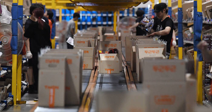 폭염이 모바일로 생필품 구매 급증